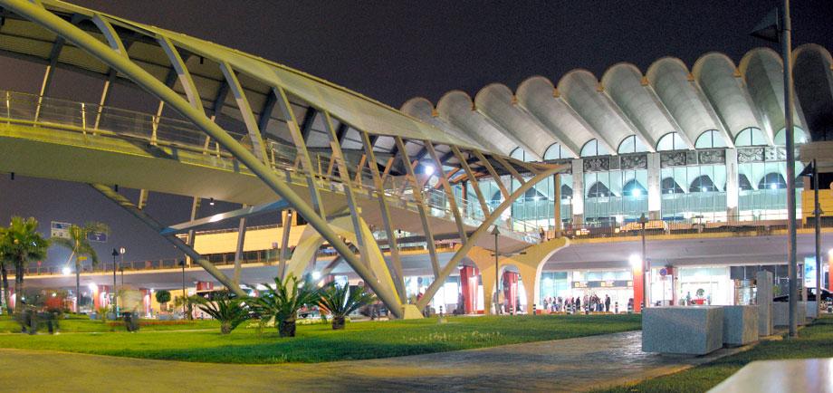 Zona de compras del Aeropuerto de Valencia